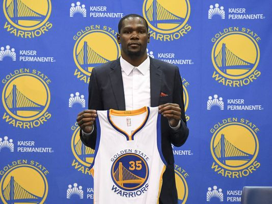 636035166237077332-usp-nba-golden-state-warriors-press-conference-2
